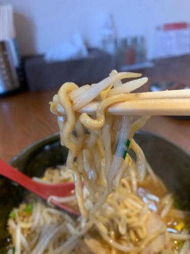 2つの全く違うラーメン「ラーメン・W」(福井県福井市)